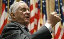 Former Washington Post editor Ben Bradlee dies