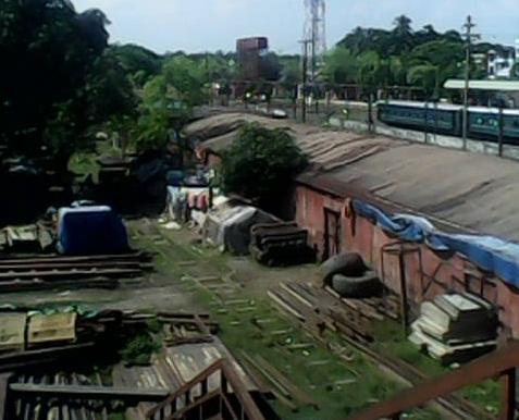 দিনাজপুরে রেলওয়ের লোহা চুরি